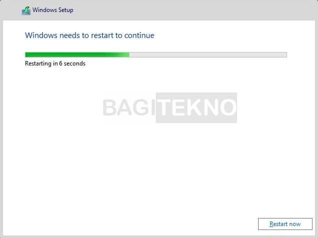 Laptop restart beberapa kali selama installing Windows 10