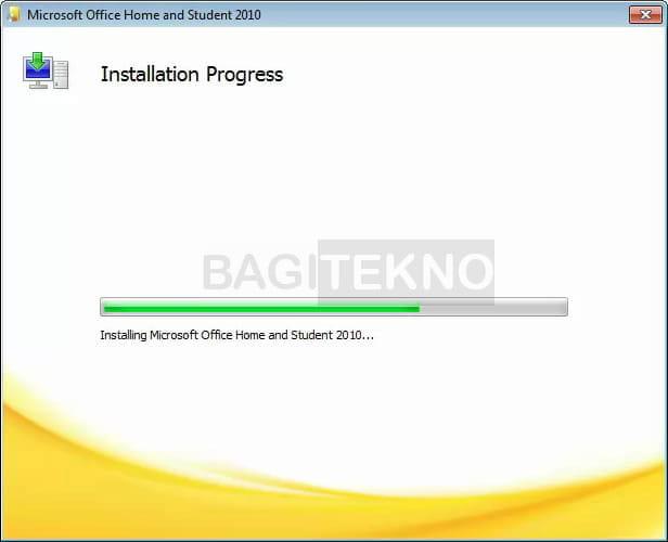 Microsoft Office 2010 sedang diinstall