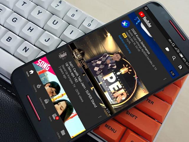 Mengaktifkan dark mode aplikasi YouTube di Android