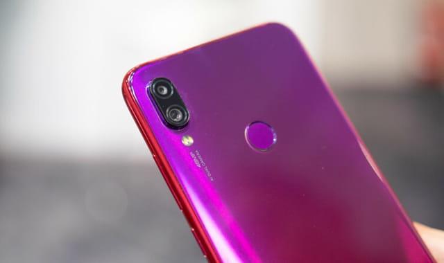 Smartphone Android yang menggunakan kamera 48MP -Redmi Note 7 Pro