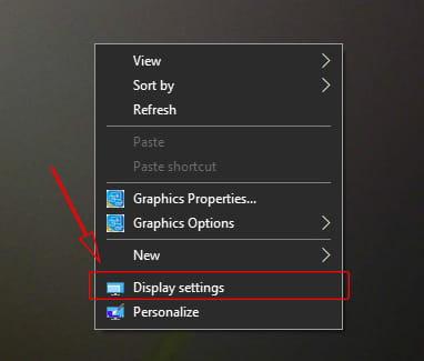 Mengatur resolusi layar proyektor di Windows 10