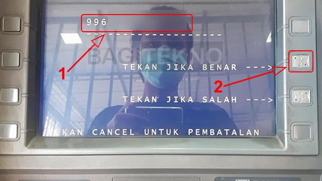 Masukkan kode penarikan di mesin ATM BNI